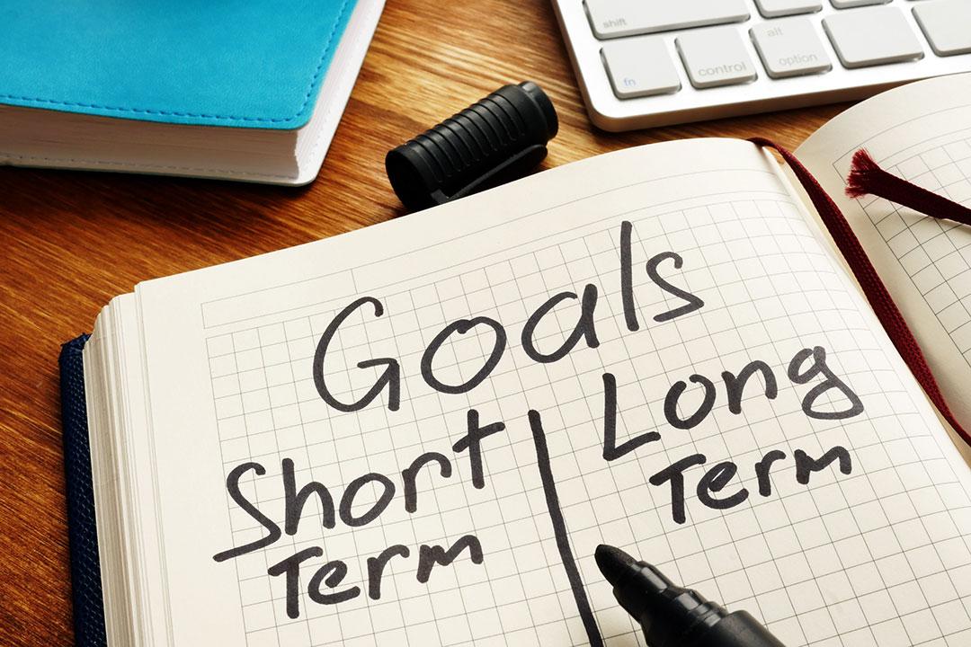 memilih investasi jangka panjang atau jangka pendek